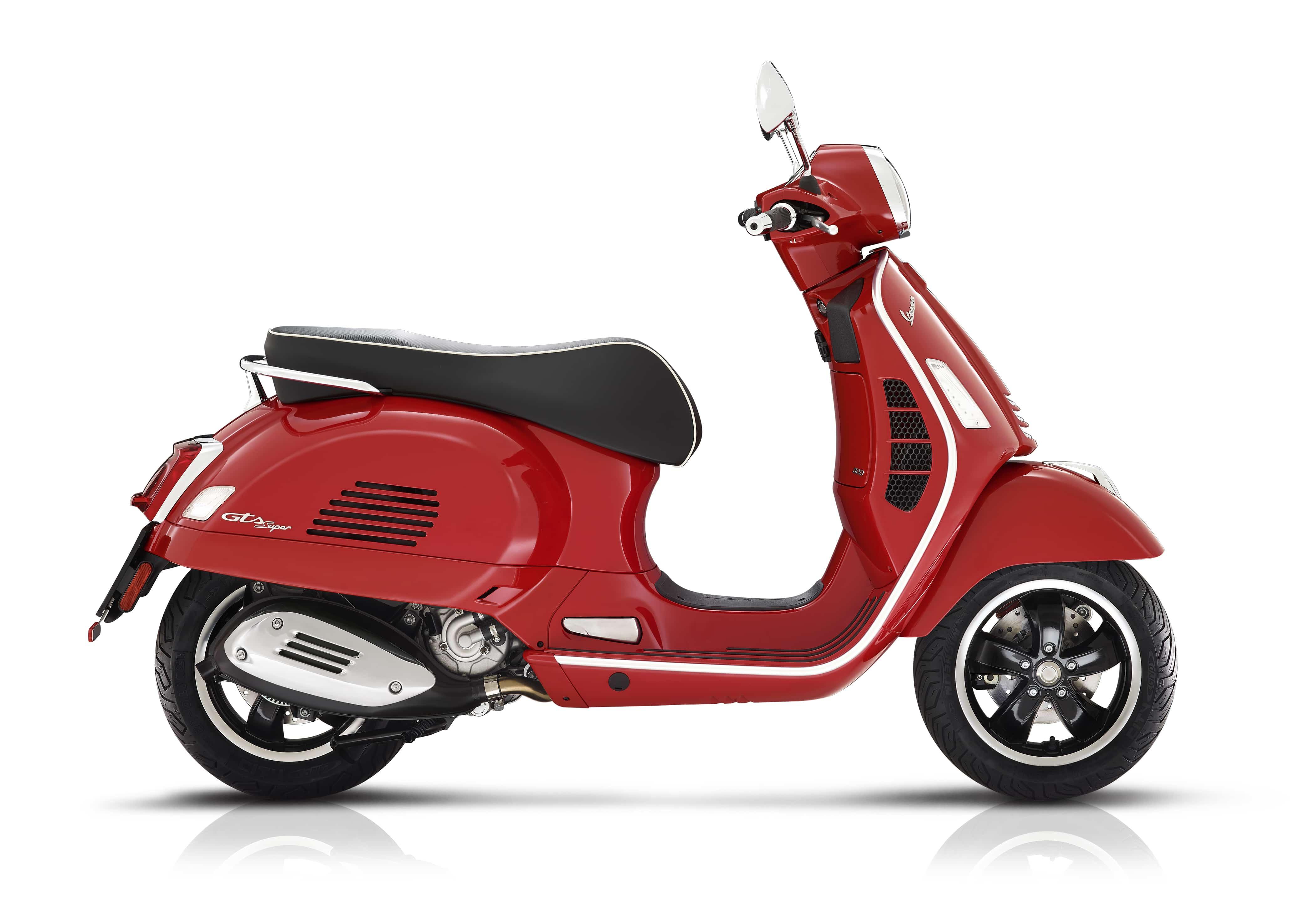Vespa GTS super rood
