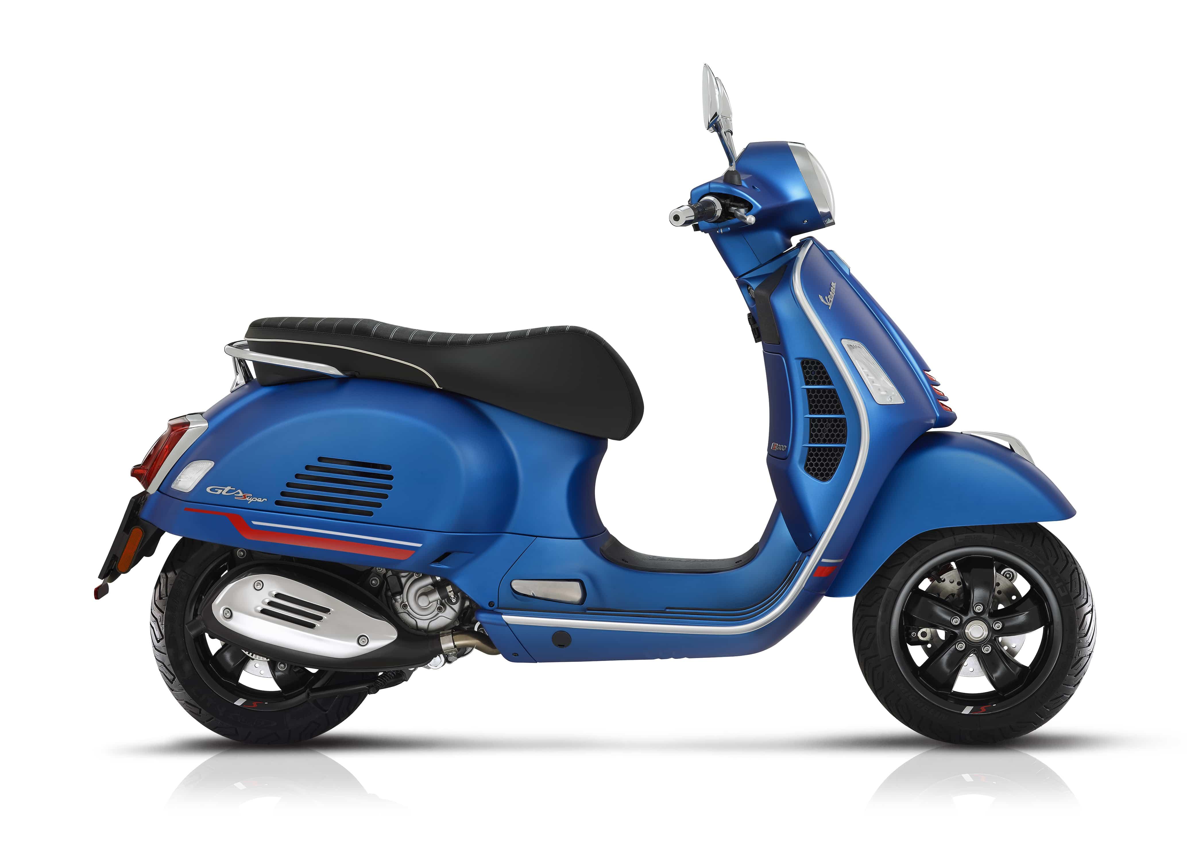 Vespa GTS super sport mat blauw